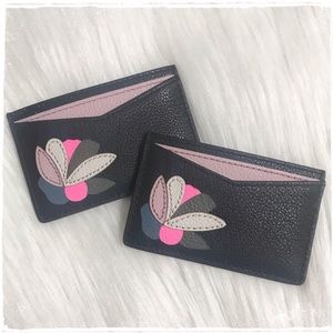 NWT! Fossil Floral Card Case Holder